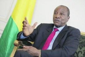 Guinée: son fils visé par une enquête en France, le président Condé dénonce une «manipulation» électorale