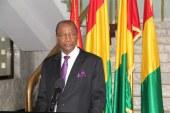 Présidentielle 2015 : Alpha Condé signe le décret appelant le corps électoral pour le 11 octobre prochain