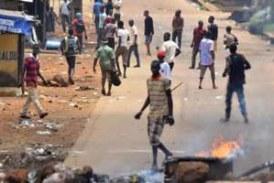 Beyla: deux groupes de jeunes se sont affrontés vendredi à cause des lampadaires électriques