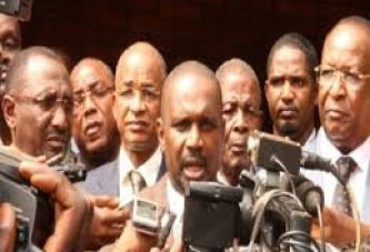 Crise politique: L'opposition menace de reprendre les manifestations