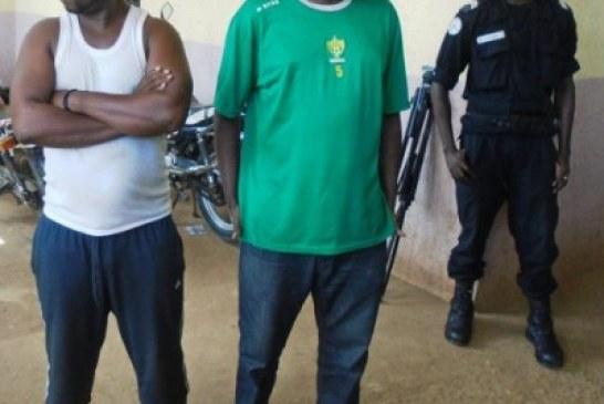 Conakry : Deux présumés faussaires des billets de 20 000 FG arrêtés par la police