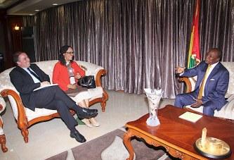 La Sous-secrétaire d'Etat américaine aux Affaires africaines reçue à Sékhoutouréya