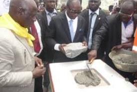 Conakry : Alpha Condé lance la construction de l'hôtel Onomo